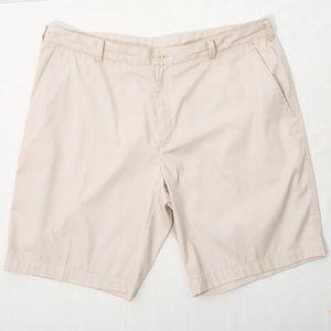 NIKE Golf Dry Fit Khaki Flat Front Shorts Size 40
